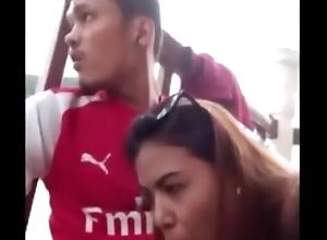 Bokep indo tukang ojeg kampung hukum sepong istri garagara pakek gojek