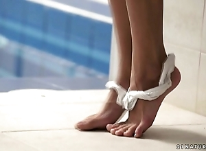 Thalia brand-new sexy solo pic