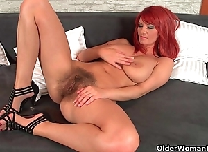 Blistering hawt redhead milfs close to matters buy their reply to arms