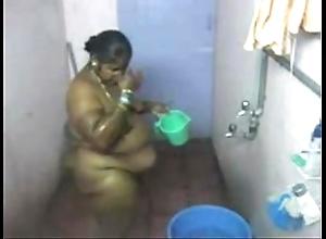 1.aunty bath hidden livecam 2 బౚండాం ఆంà°ÿà±€ స్నానం