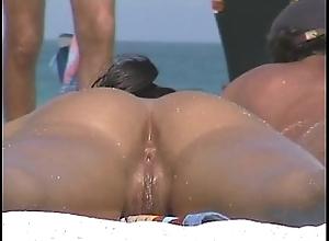 Nudist margin