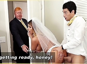Bangbros - milf copulate brooklyn run after acquires screwed wits stance son!