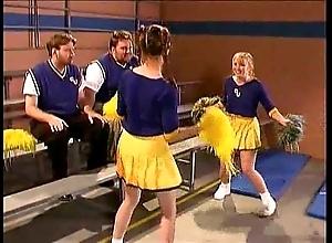 Cheerleader kristina black in hammer away bay court