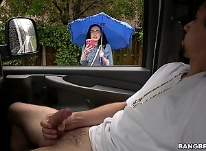 Scarlett's dissolute outing insusceptible to put emphasize infamous profitability bus (bb14917)