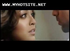 Bollywood get up to tanushree dutta off colour nude scene
