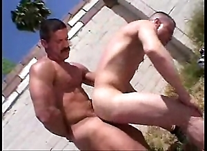 Oh daddy! - bareback fruit gay porn