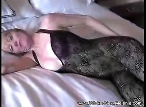 Mama lets son creampie her